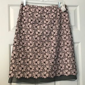 New Linen embroidered skirt with lining